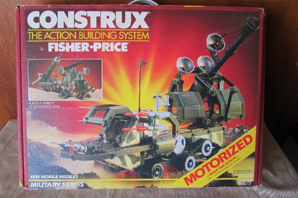 Fisher-Price Construx motorized military play-set. #6331 Mobile Missiles.